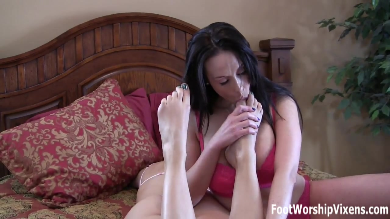 Terra sleepy foot worship and tickle